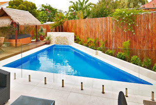 Looking for pool paving ideas?