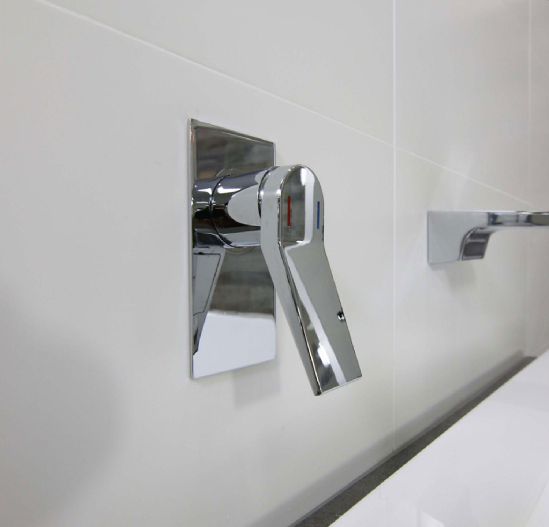 kubica wall mixer