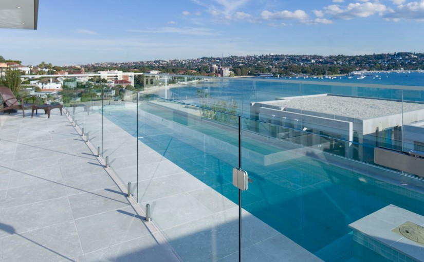 Palmers_Glass_Channel_Spigot_Balustrade_3