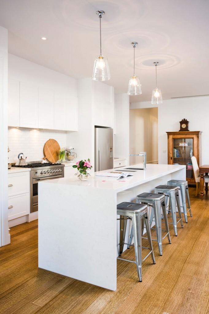White Kitchen, Modern Country