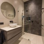 Ensuite project: a spacious design