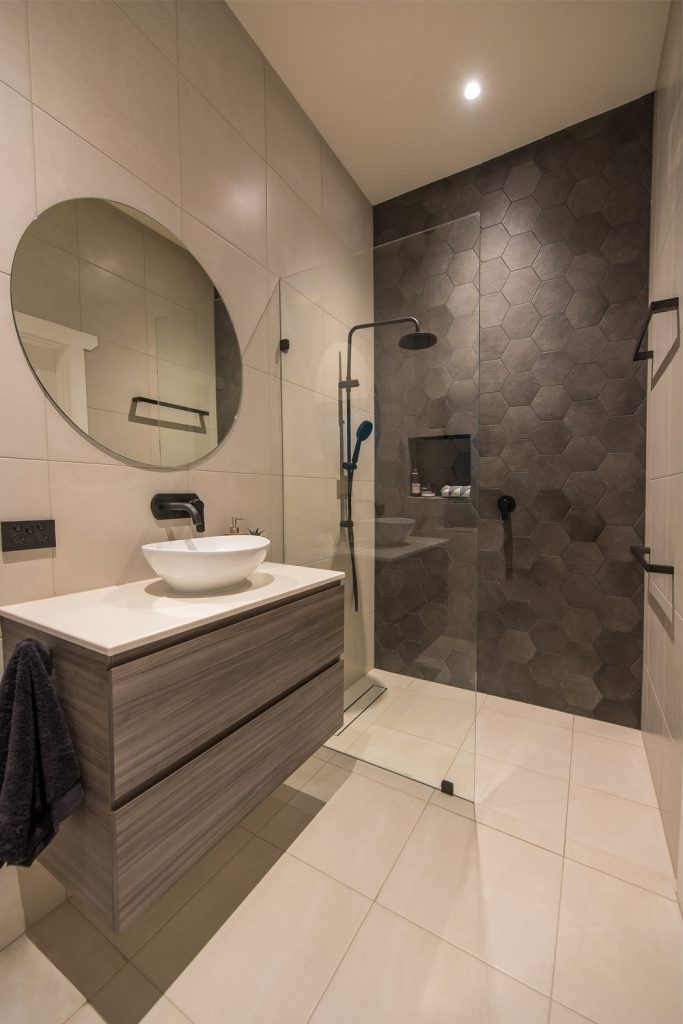 Ensuite project: a spacious design - view of bathroom vanity and shower