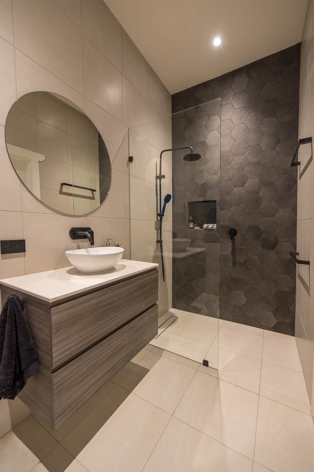 Ensuite Project A Spacious Design Completehome