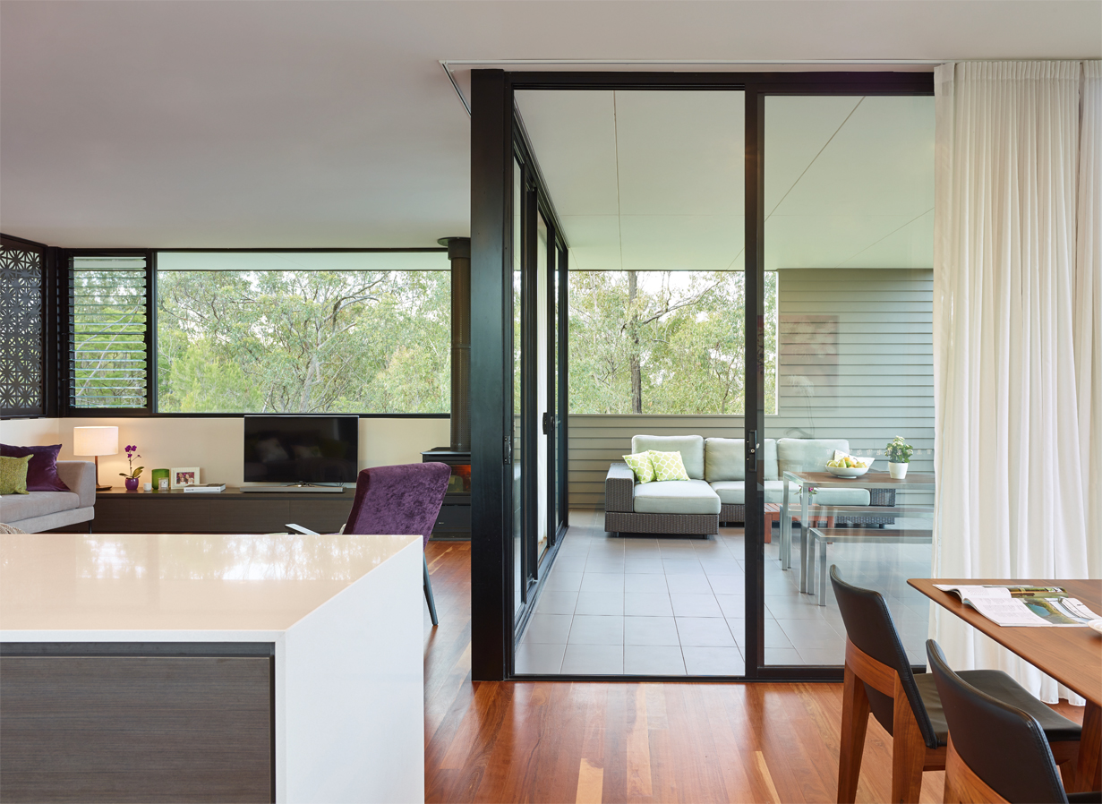 Grand Designs Australia: High Flyer - Architects' masterpiece - living room interior