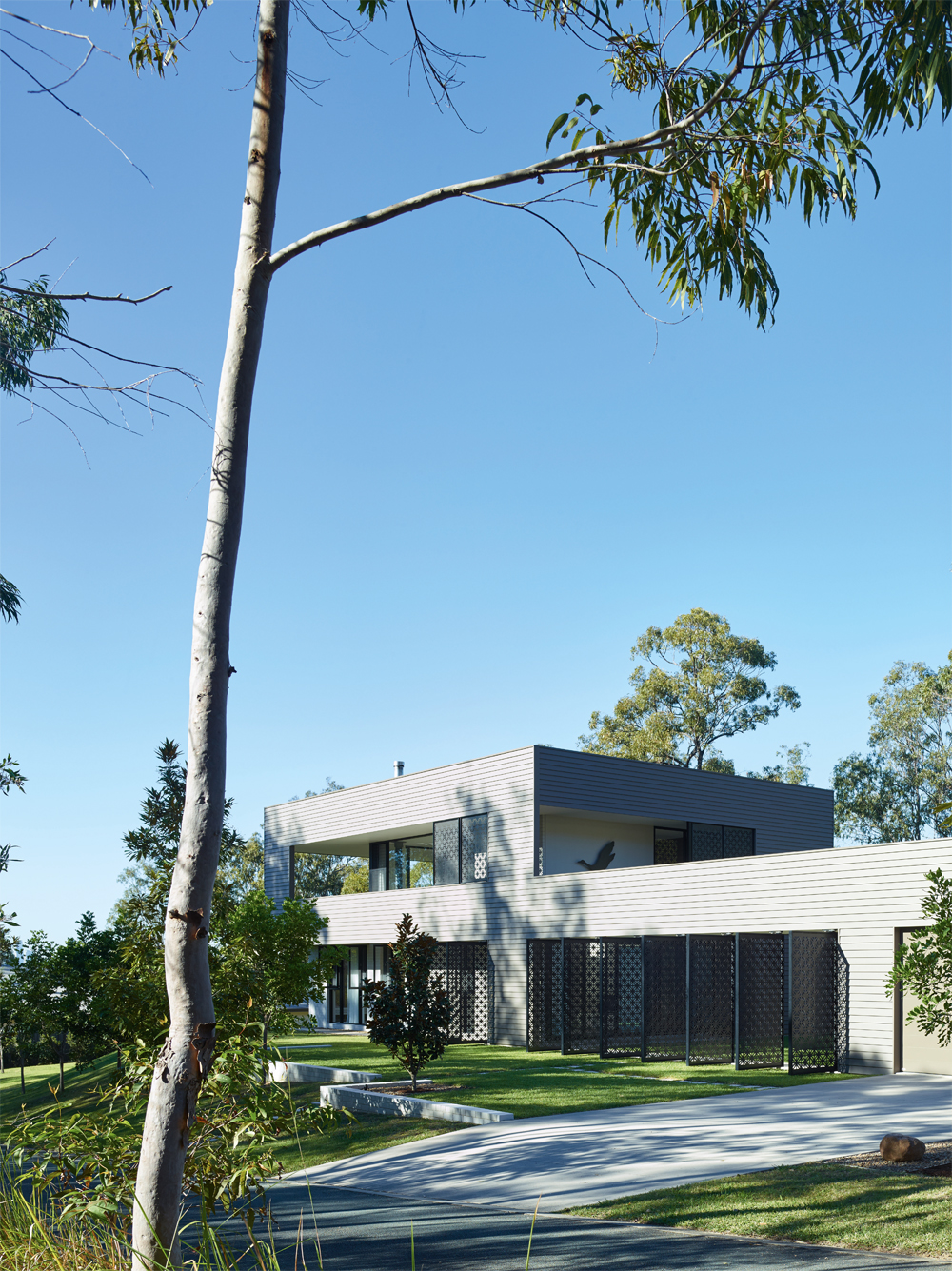 Grand Designs Australia: High Flyer - Architects' masterpiece - exterior of house 2