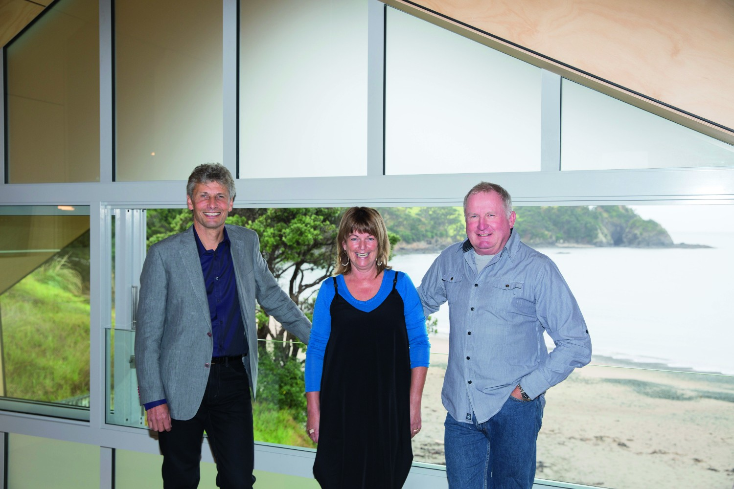 Grand Designs Australia: Rusty reveal - modern bach house - the owners of the home