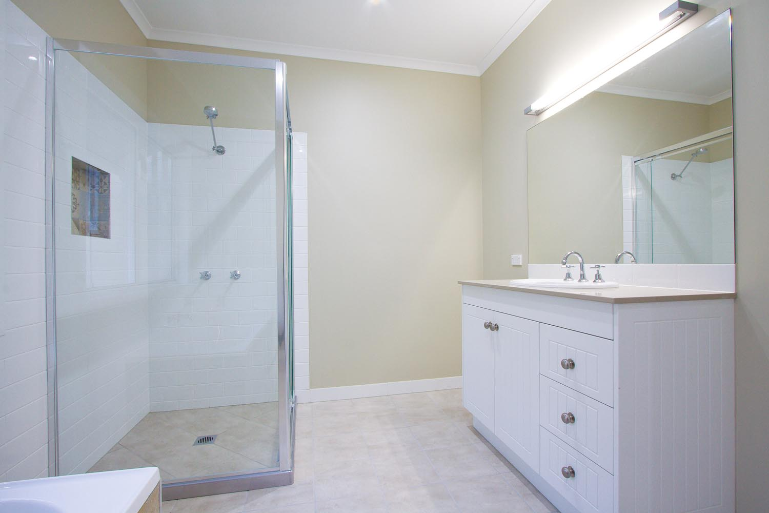More for less: a classic Queenslander home - bathroom profile view