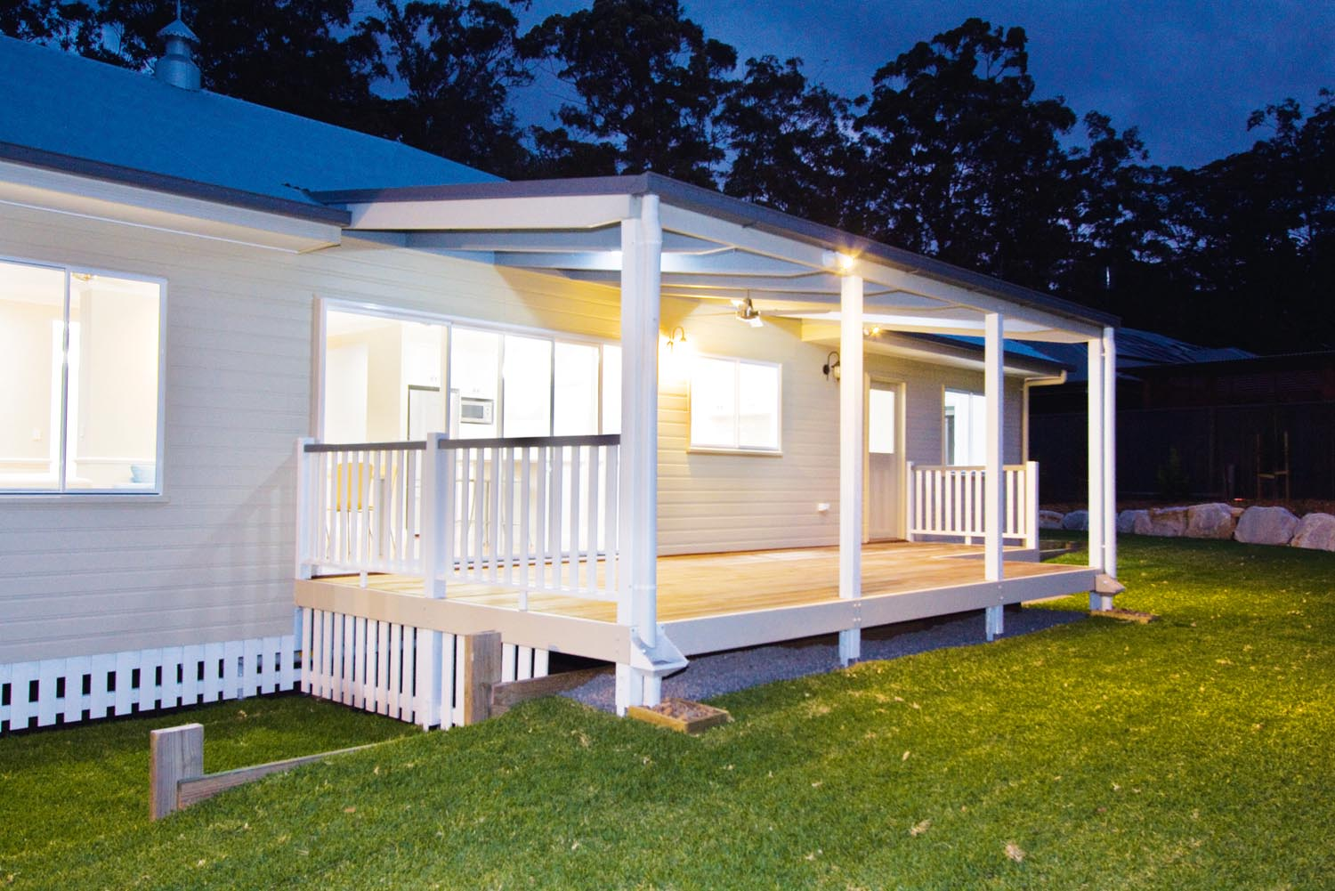More for less a classic queenslander home completehome for Classic queenslanders house plans