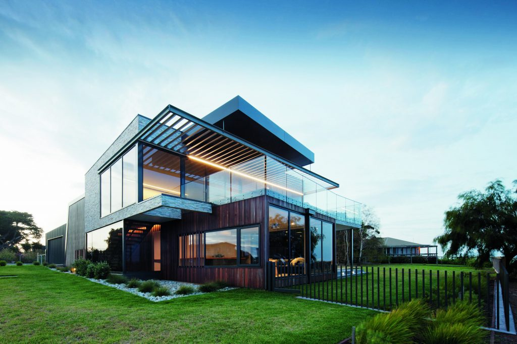 Grand Designs Australia: Black Box - the Rhyll House - view from exterior