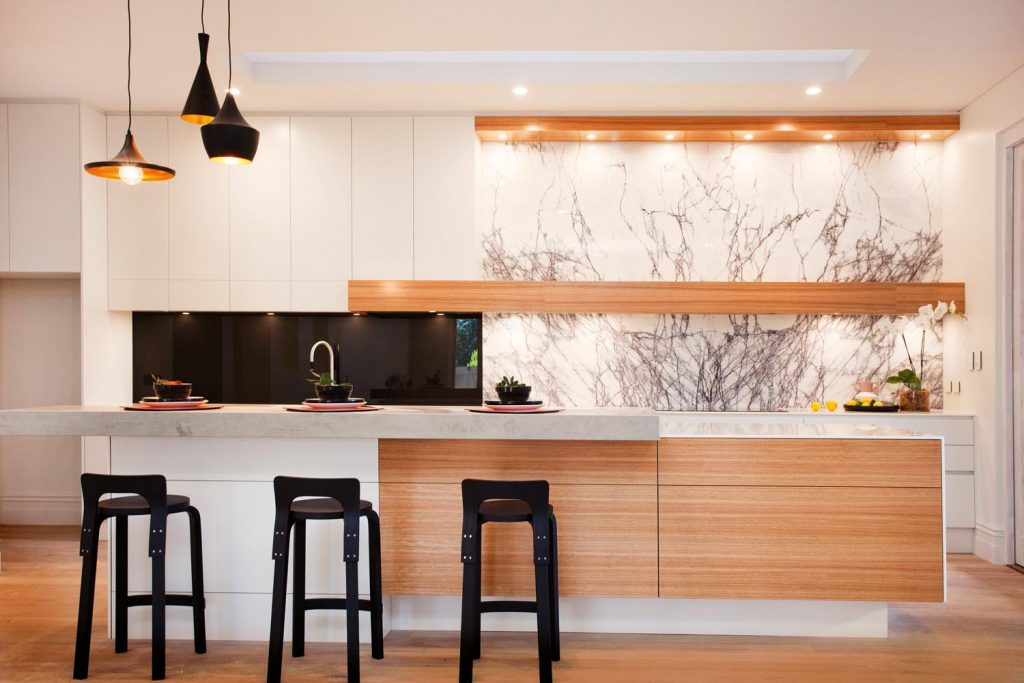 """Elegant beauty"": a bright and airy kitchen design - kitchen overview"