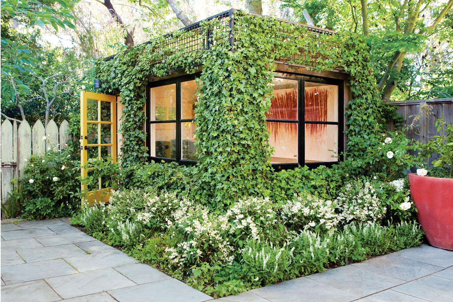 Office, studio or living room? Look to your garden - Scott Lewis Landscape Architecture outdoor room with ivy