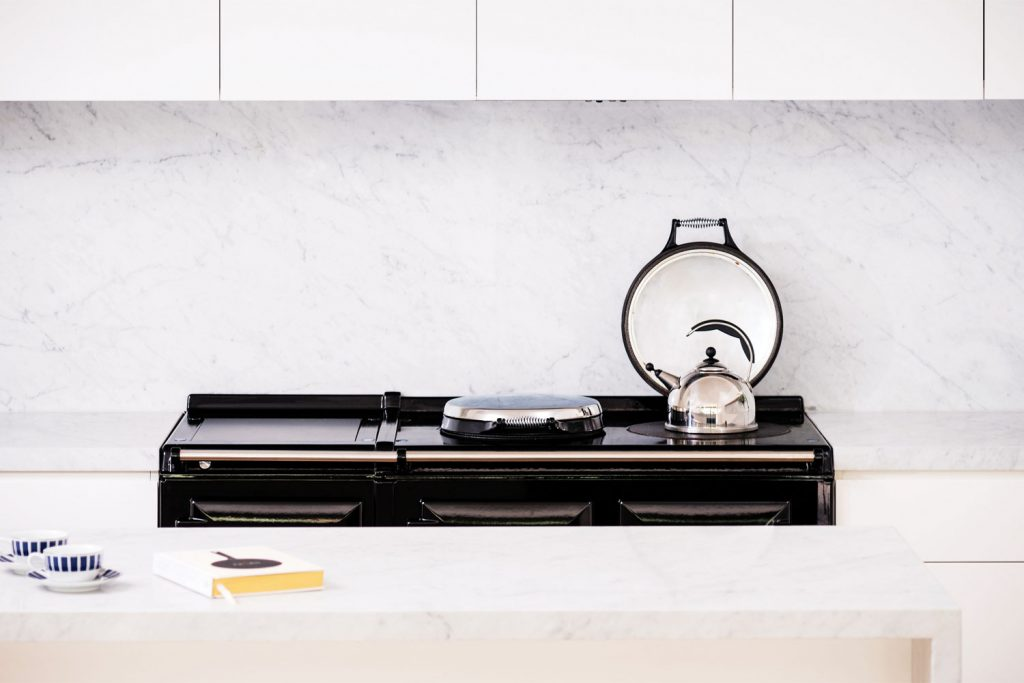 Contemporary cooking: a classic all-electric cooker