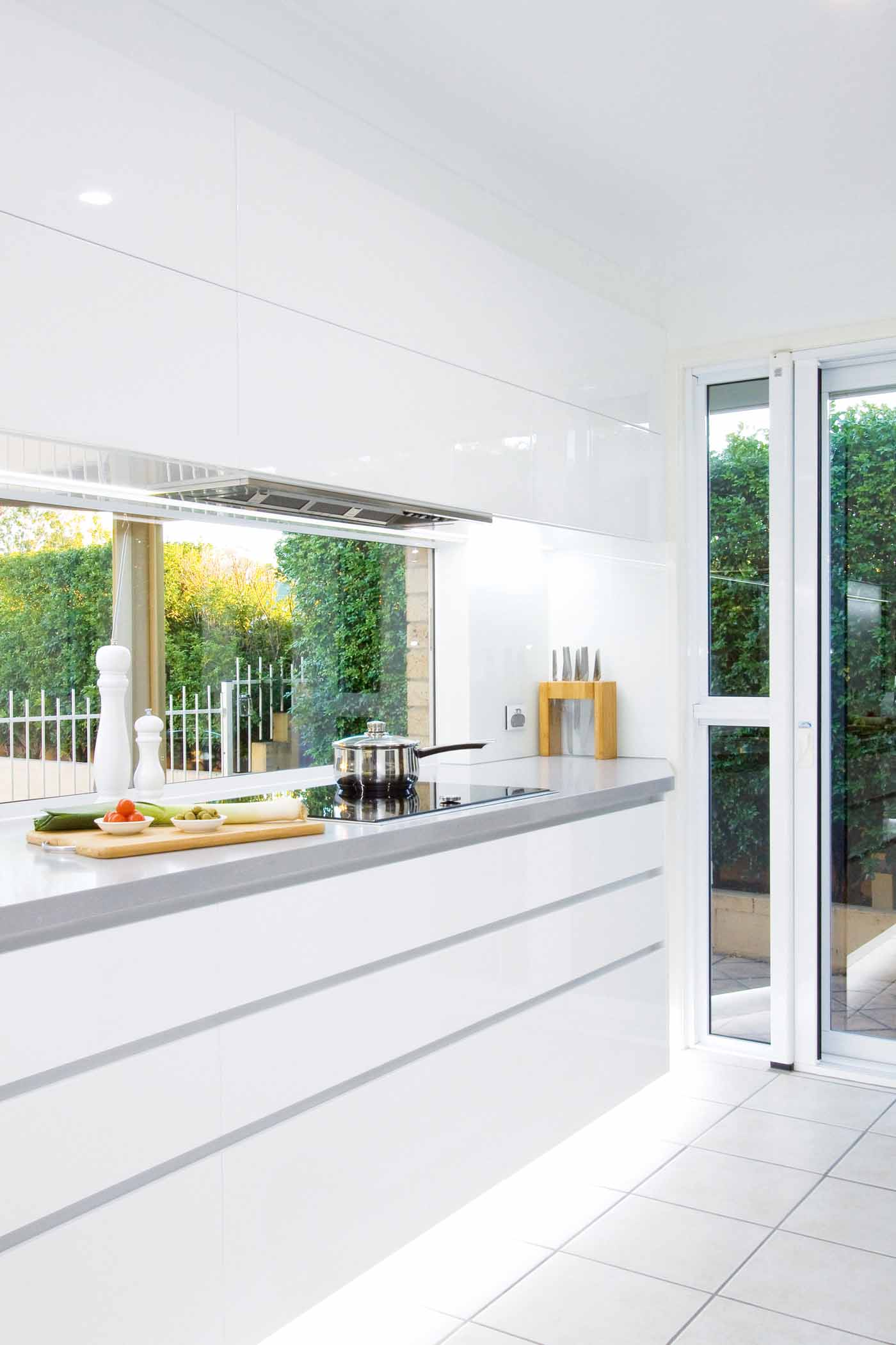 Light and bright: kitchen design