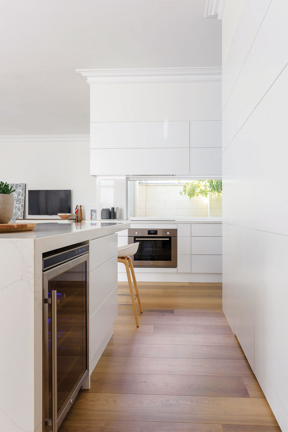 Effortless elegance, carefully prepared: an Adelaide kitchen design