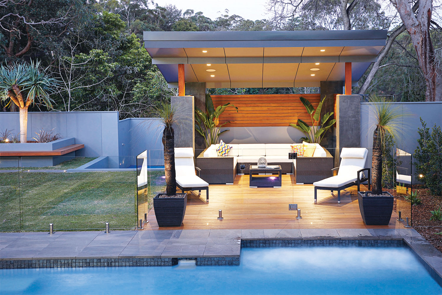 This outdoor entertaining area offers seamless open-plan living