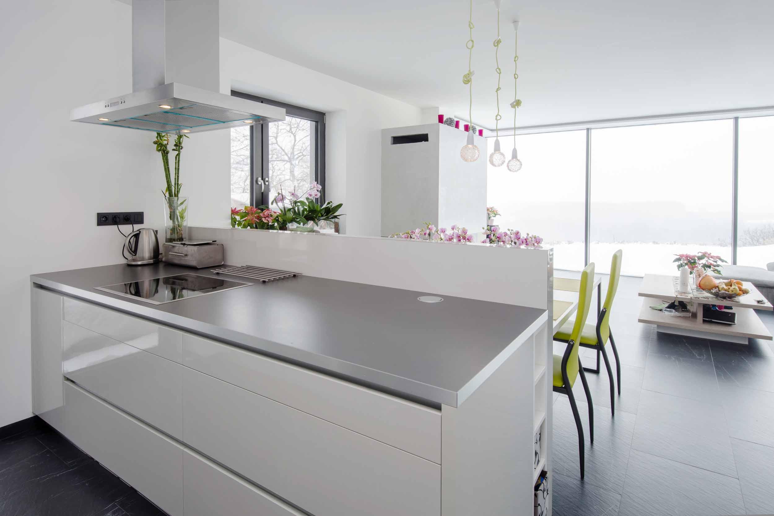 Modern white ktichen living handle free