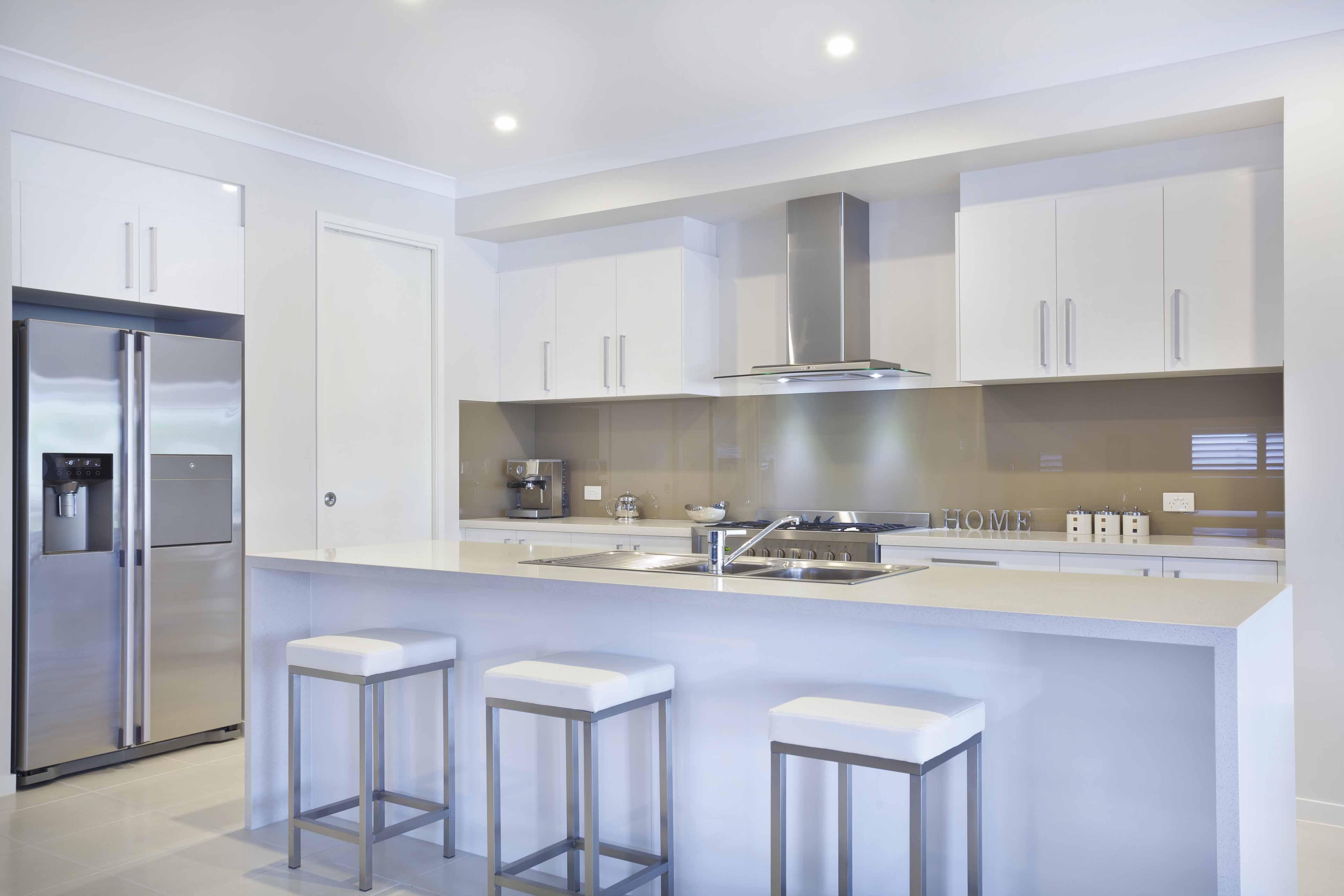 square-handles-kitchen1