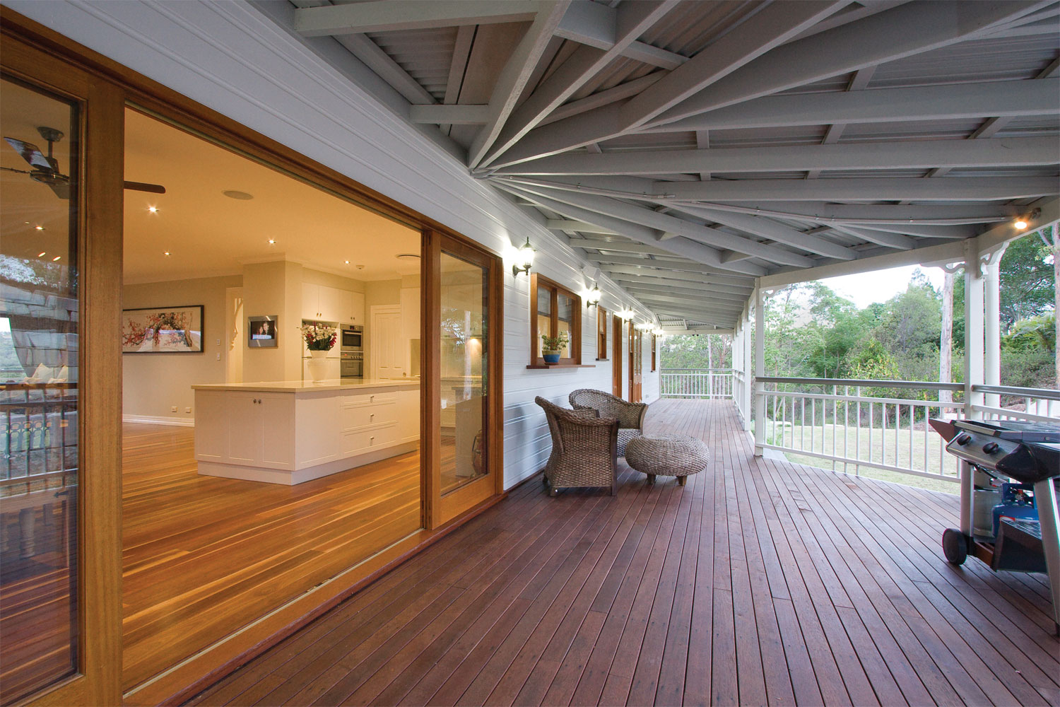 The High Life Traditional Queenslander Home Contemporary