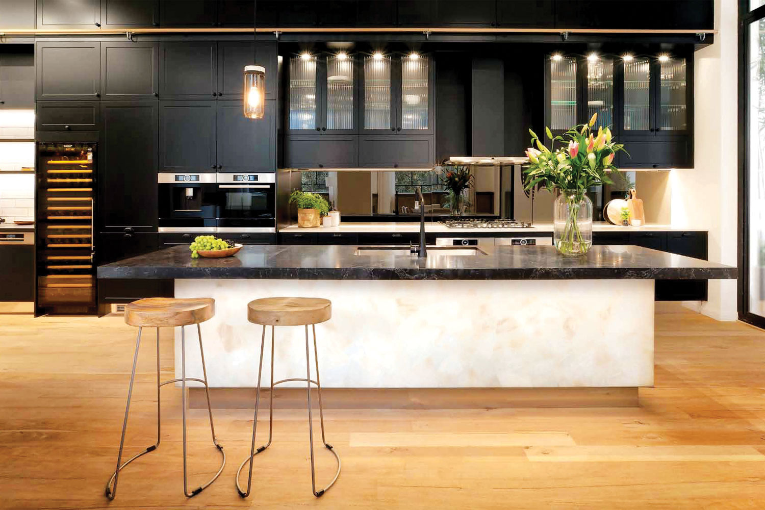 9 quality kitchen designs: 2. Top of The Block