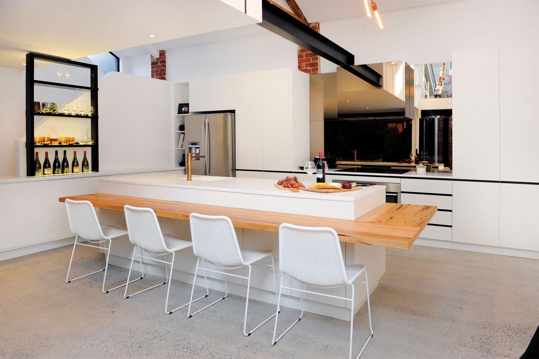 9 quality kitchen designs: 3. A blaze of glory