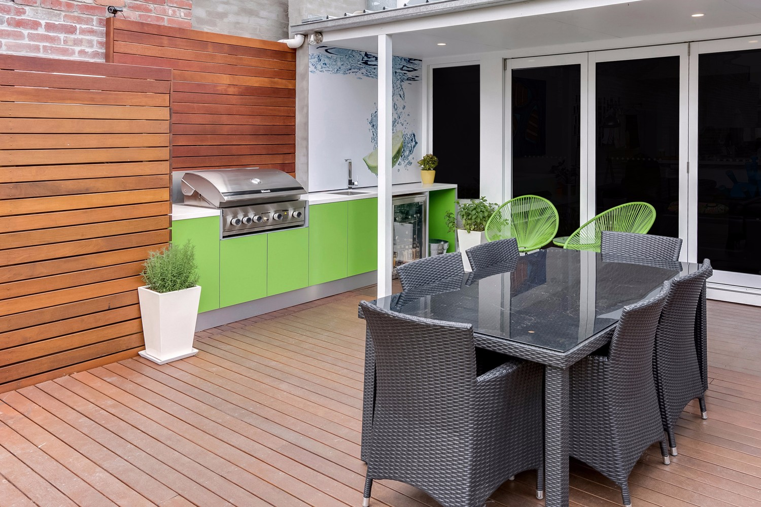 Green machine: a colourful and creative outdoor kitchen