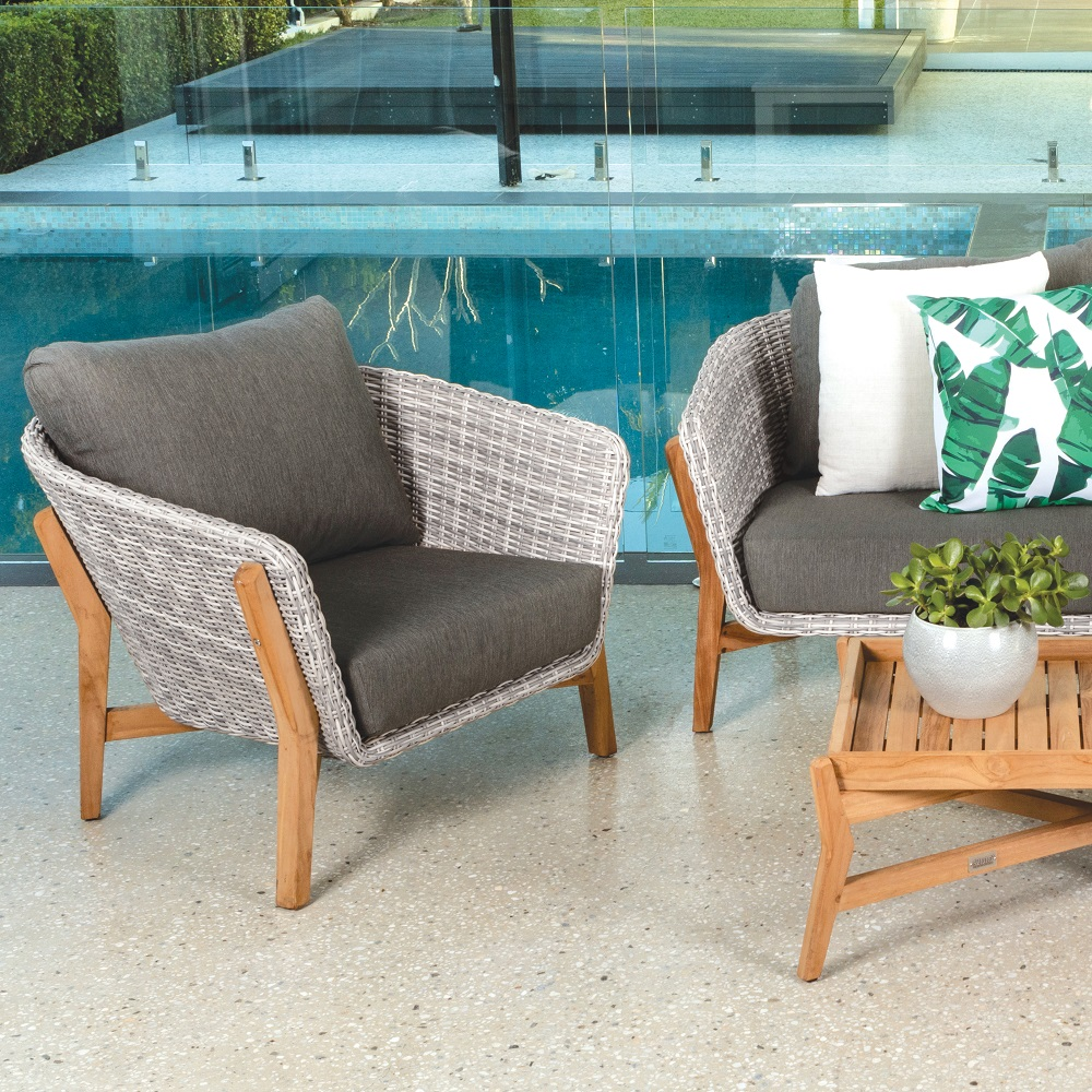Outdoor Trend Alert: Mixed materials