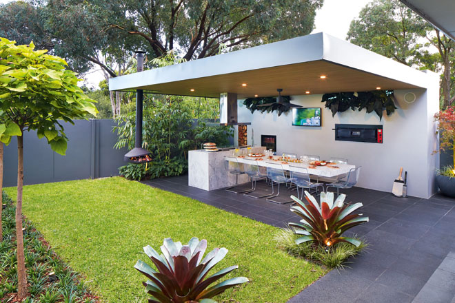 Taste of the Tropics: an exotic backyard project