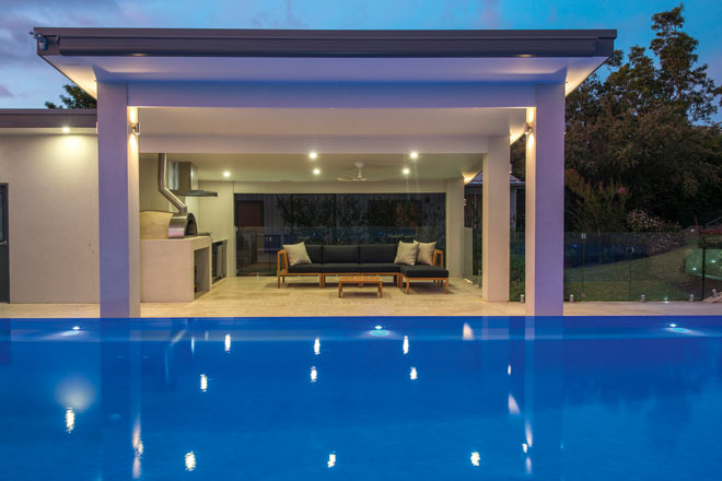 Vision and style: a luxurious pool and entertaining area