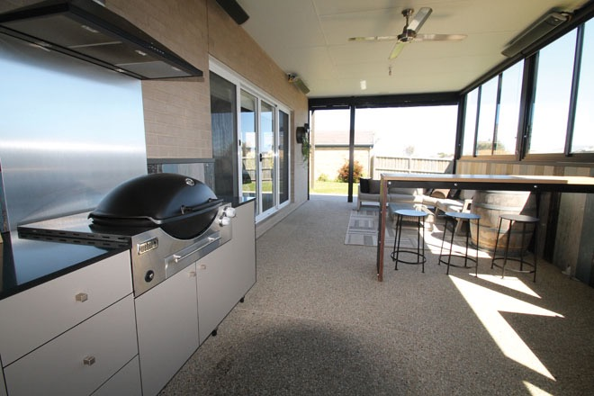 Modern grilling in your own home: AlfresQ