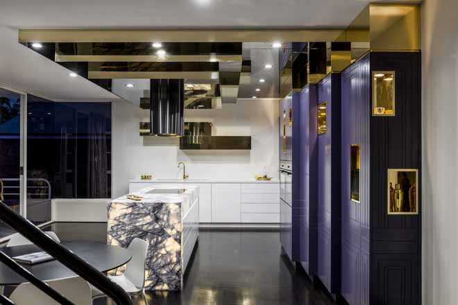 Art deco luxe: a kitchen that shines