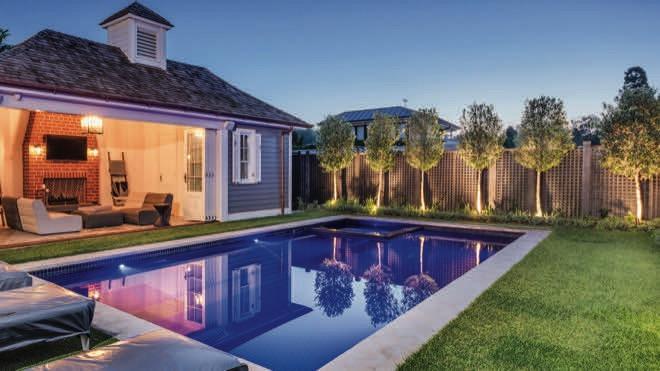 Effortless elegance: a lush, unique garden design
