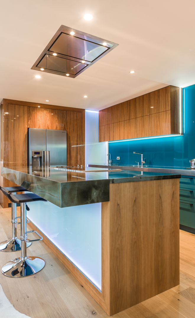 How to choose a rangehood to suit your kitchen style