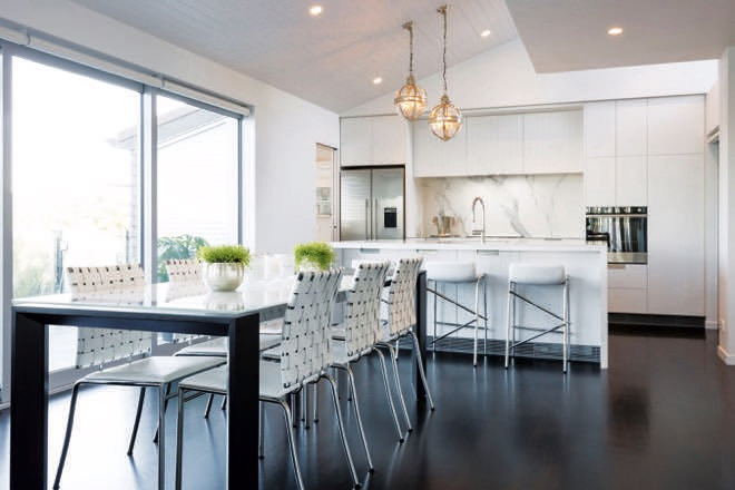 Easy apartment living: a high-quality kitchen design