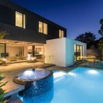 Cleaning designed for you: a self-cleaning pool system