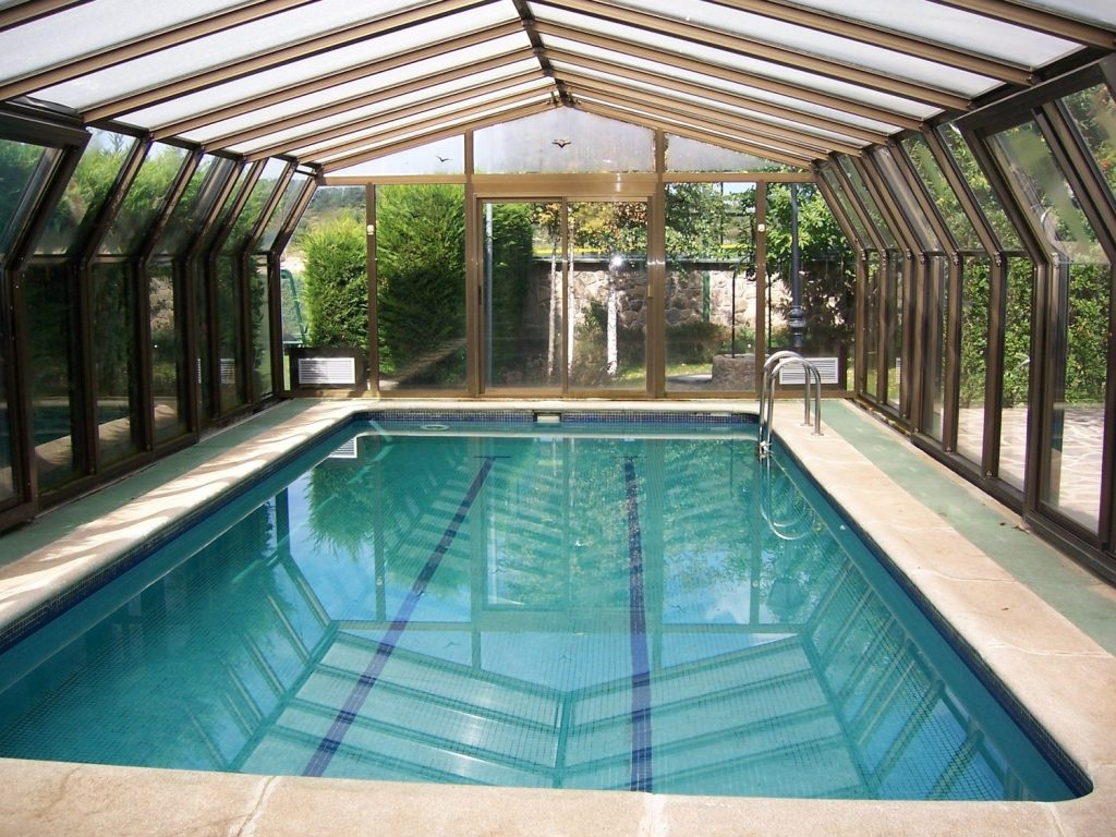 Pool heating: our guide to year-round pool use