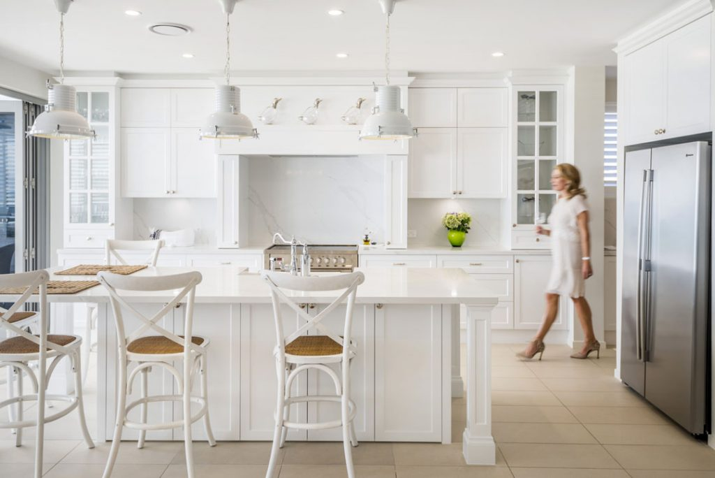This beach-side kitchen is a Hamptons dream