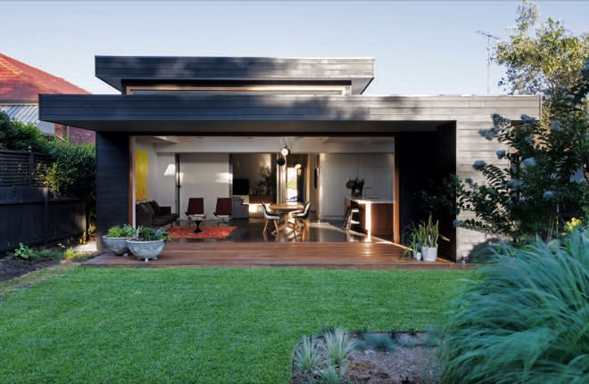 Shapeshifter: an incredible home blending old and new