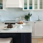 This Hamptons-infused kitchen is a coastal dream