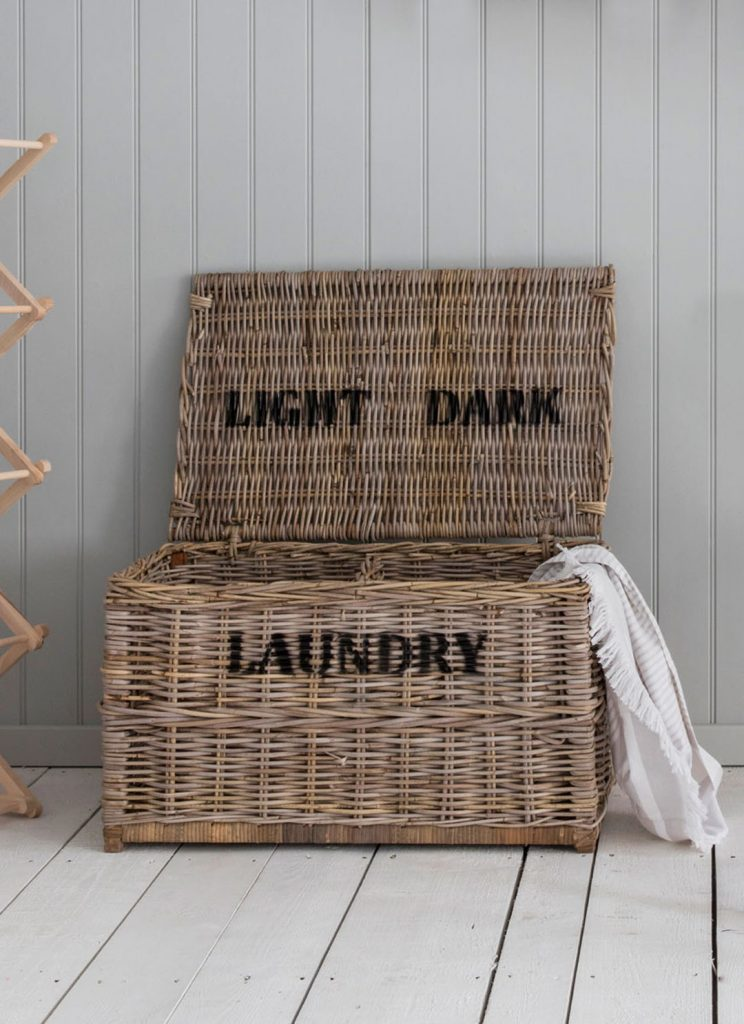 Garden Trading Dark Lights Laundry Chest Rattan
