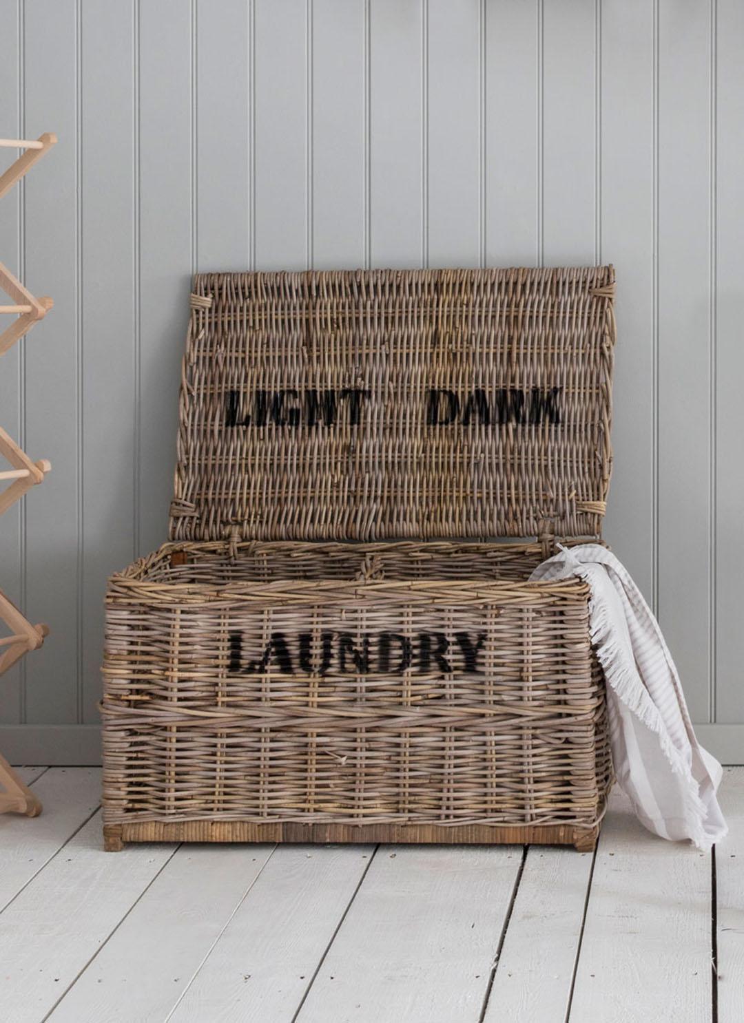 Garden Trading Dark Lights Laundry Chest Rattan