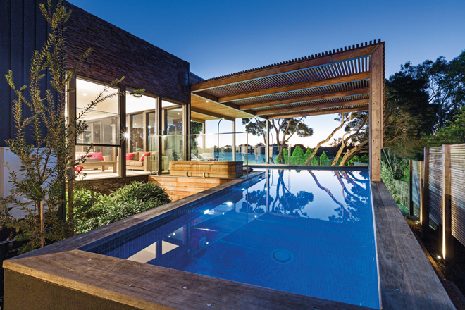 Coastal creation: an ultra-luxurious coastal pool design