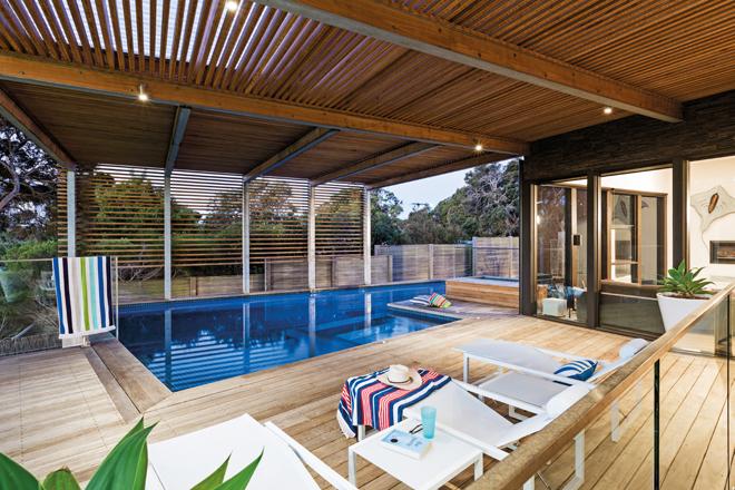 Coastal creation: an ultra-luxurious coastal pool design
