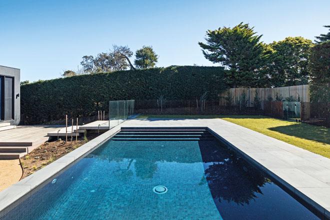 mornington pool