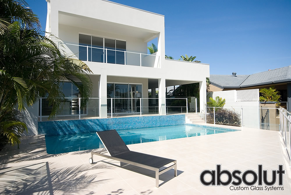 Frameless Glass Pool Fencing Gold Coast (15)