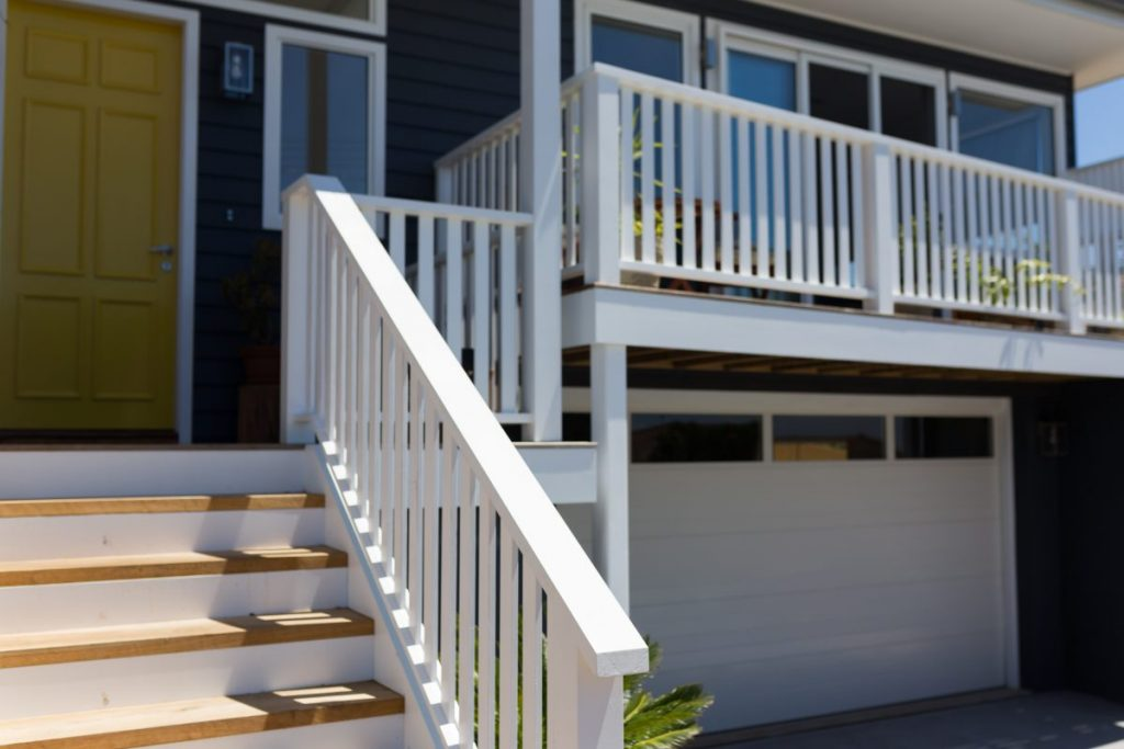 Peninsula Homes' 2017 Collaroy Project: Weatherboard Wonder