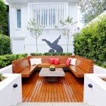 This contemporary urban garden is a testament to excellent construction