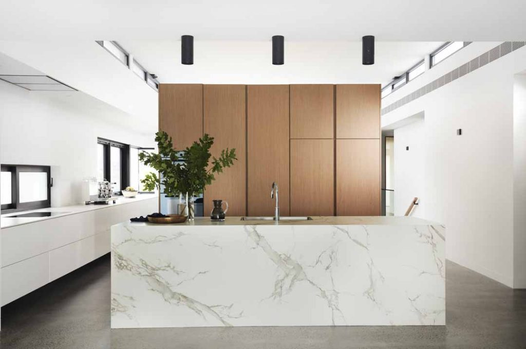 The Dekton House is a contemporary entertainer's dream