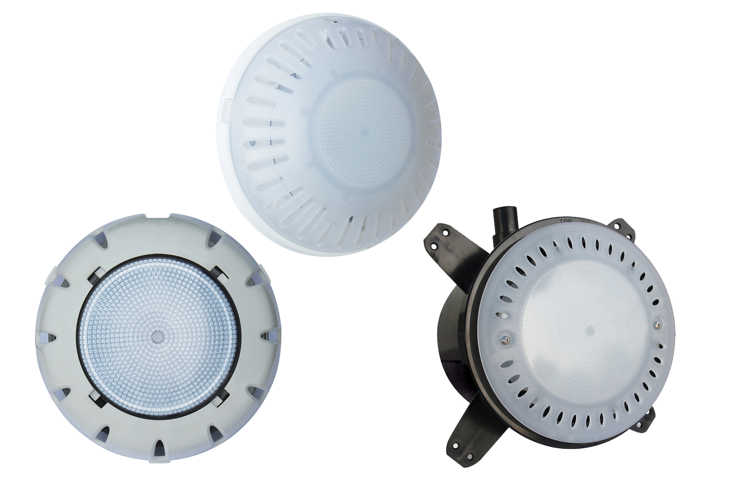 Brighten up your pool with the right kind of pool lighting