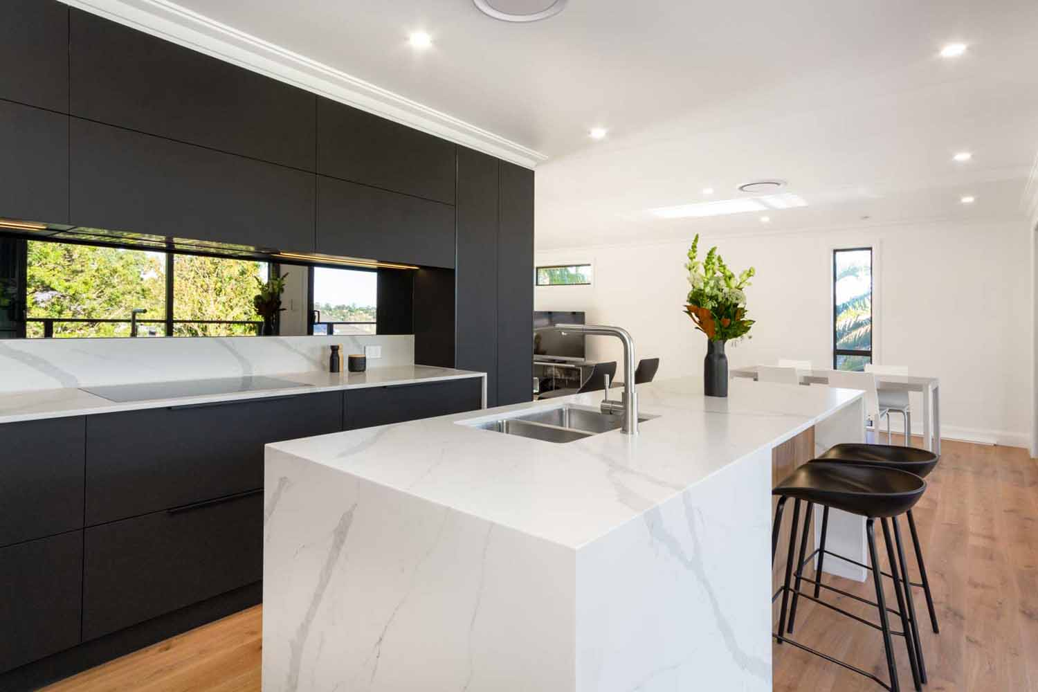Kitchen Design Sydney Contemporary Black White Timber Miele Fisher Paykel Dulux 5