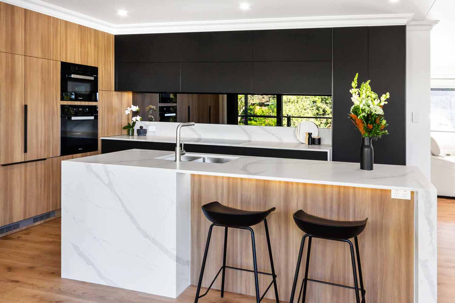 Kitchen Design Sydney Contemporary Black White Timber Miele Fisher Paykel Dulux 1